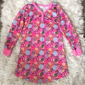 Girl's Long Sleeve Peace Nightgown
